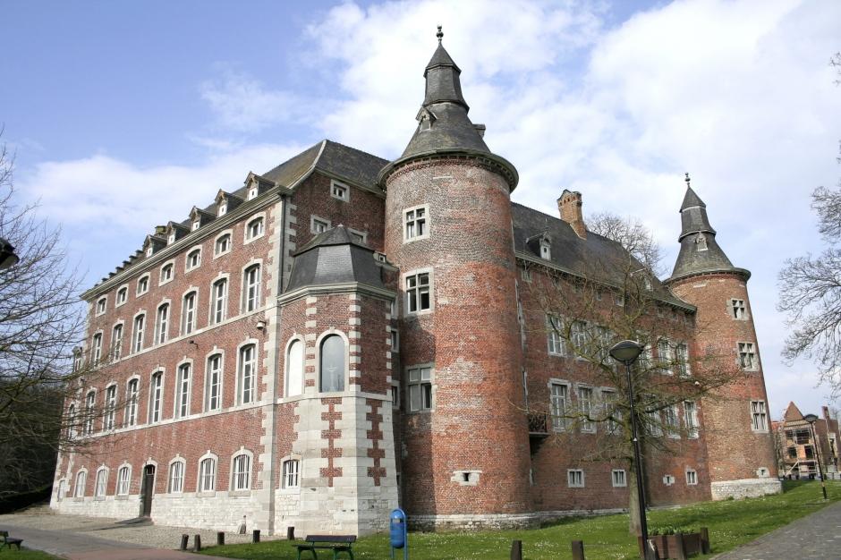 Château de Monceau sur Sambre, Belgique